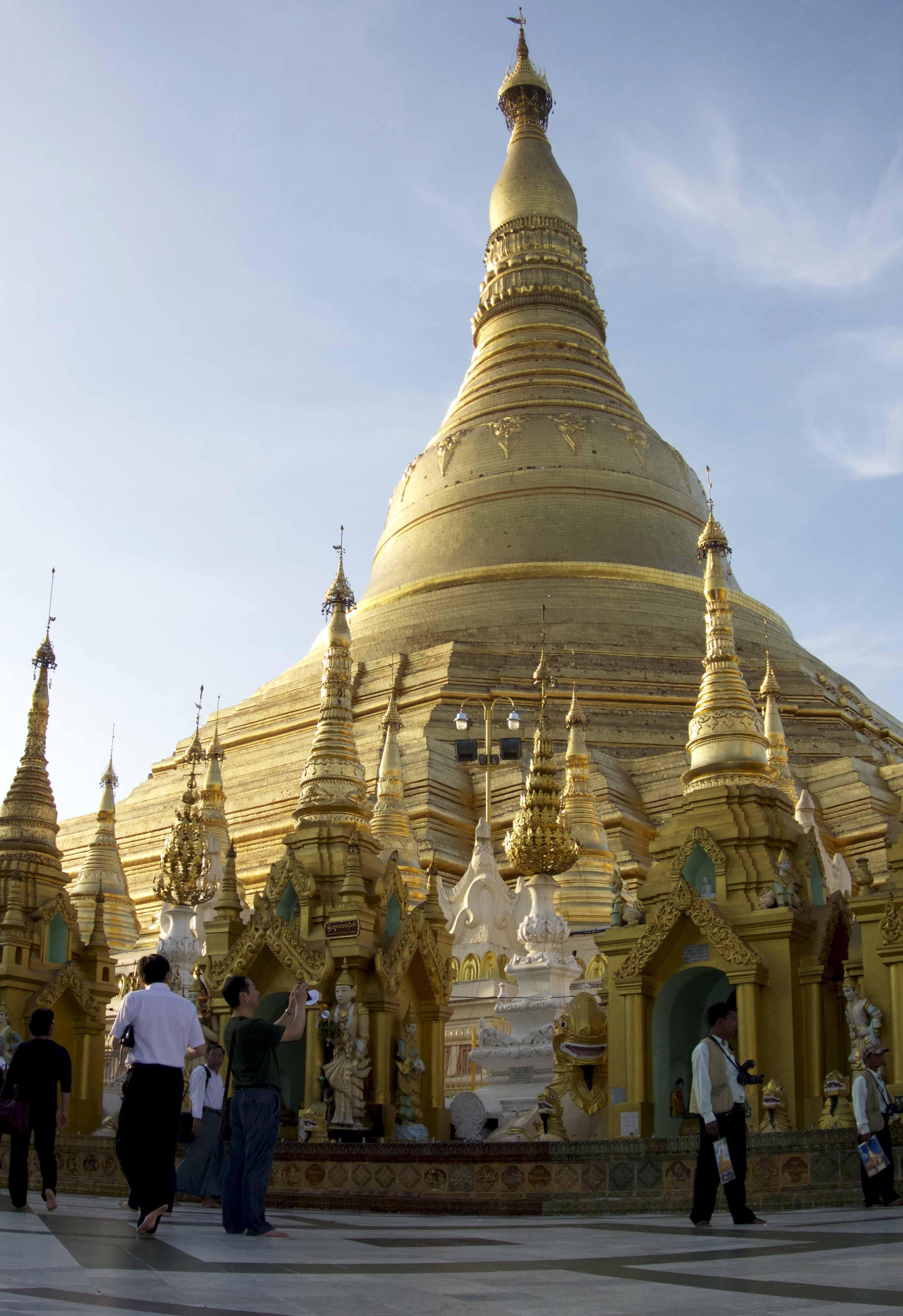 Architecture et symbolique d un temple bouddhiste for Architecture symbolique